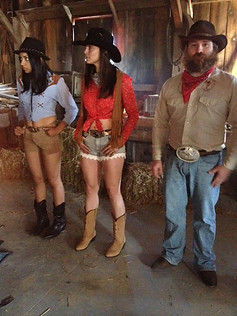 line-dancing-commercial-wardrobe-styling