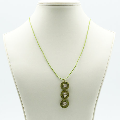 Sisal and Triple Disc Spiral Necklace -olive