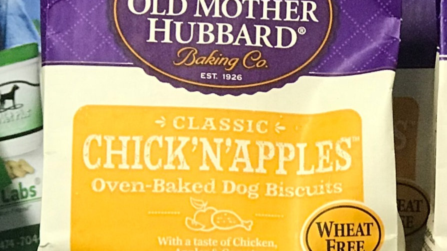 Old Mother Hubbard -Chick n Apples  5 oz