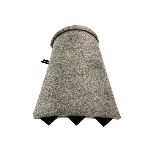 DRAGON CAVE Saveplace® Woolen Cat Cocoon