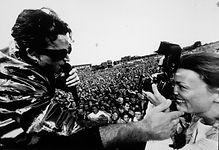 3 Bono.jpg