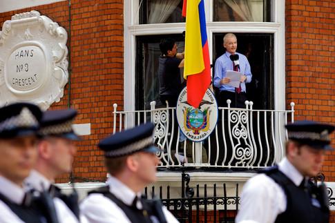 05 Julian Assange speaks.jpg