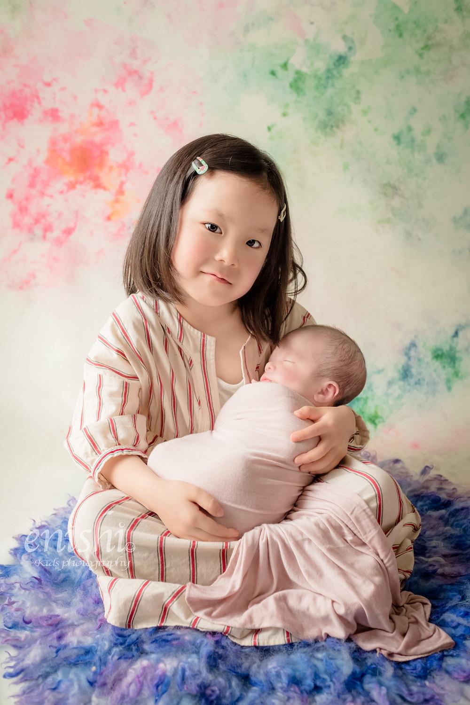 ニューボーンフォト / 新生児写真 / きょうだい写真 / 姉弟写真 / 東京都