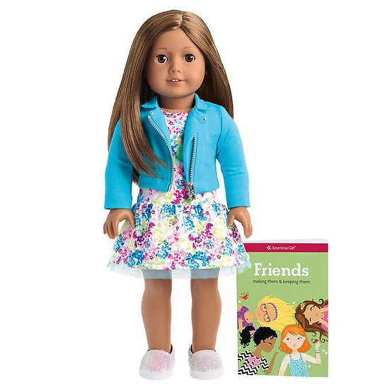American Girl Truly Me Doll & Outfit Bundle, Brown Hair with Brown Eyes
