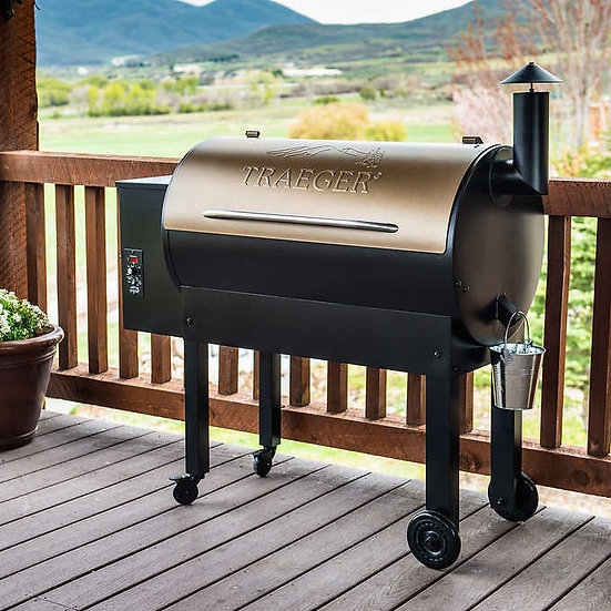 Traeger Texas Elite Pellet Grill 34 with Cover