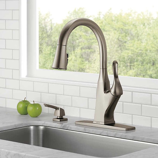 Delta Cantrall Pulldown Kitchen Faucet