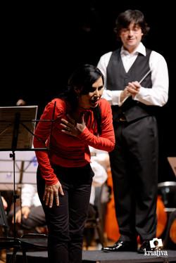 Com Luciana Bueno
