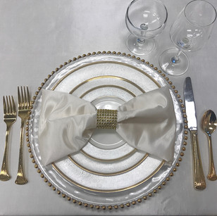 Napkin Folds & Table Settings: Creative ways to Dress up your Reception Tables