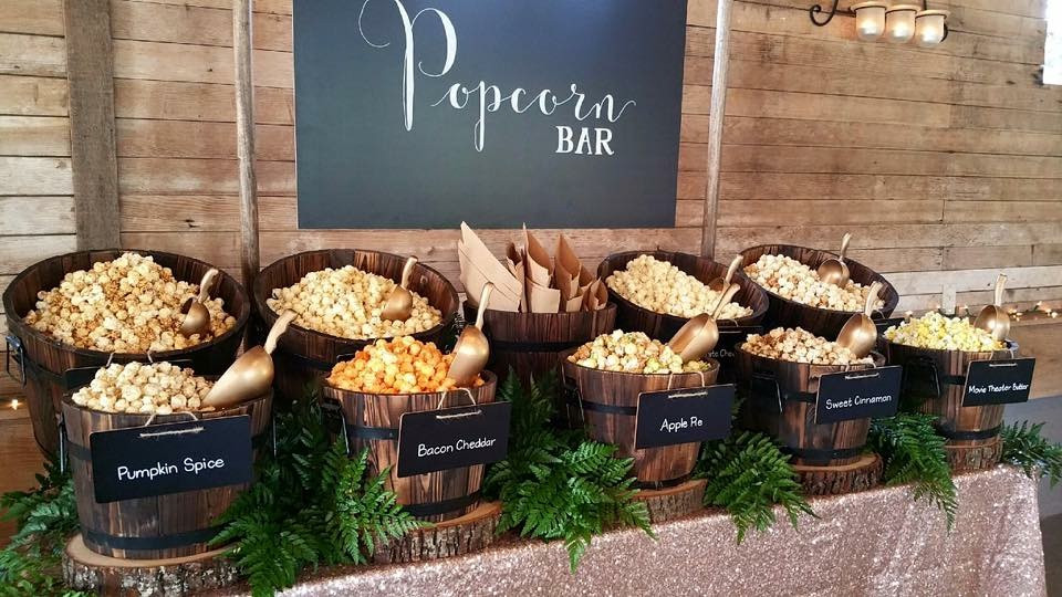 popcorn barn at snohomish wedding venue