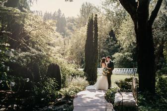 "An Elegant Affair at Snohomish's ""Garden of the Sun"""