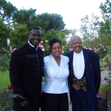 Pastor Rufus Turner and Singer Daryl Coley with Mary Kennedy