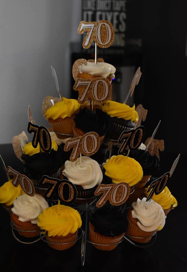Bday cupcakes.jpg