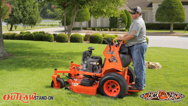 OUTLAW STAND-ON SERIES - ZERO TURN MOWER