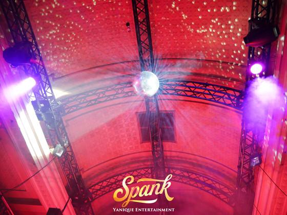spank carnivale21.jpg