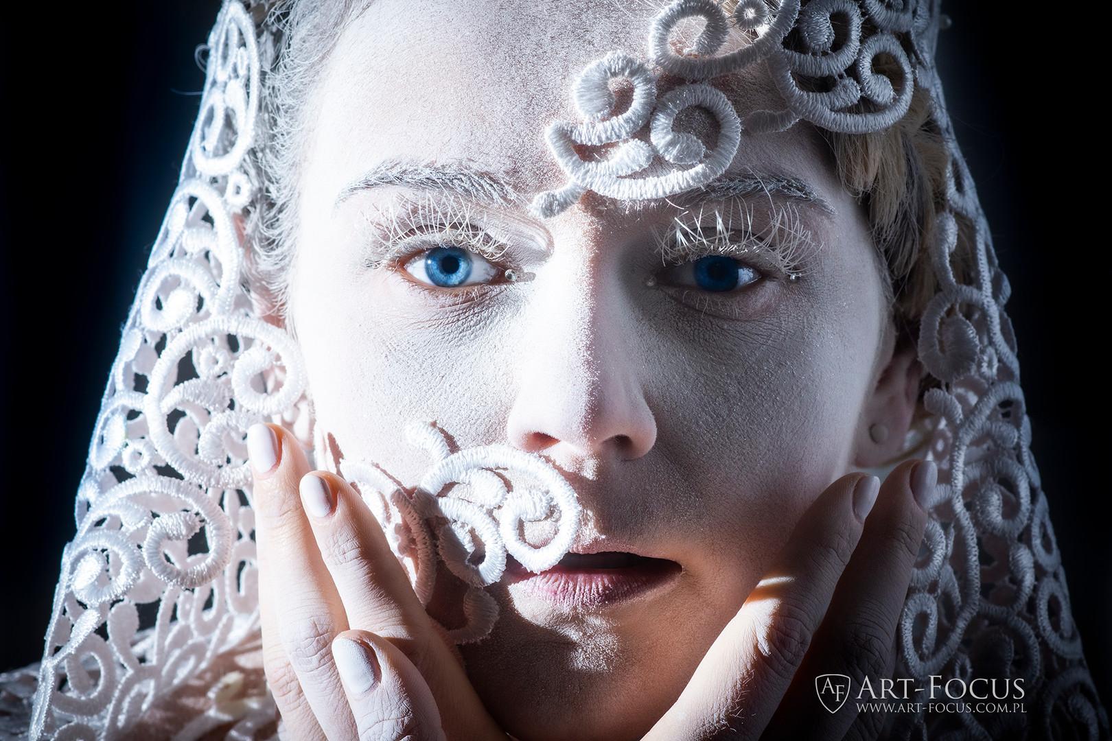 12 wcieleń pękna Art-Focus_Natalia Różańska