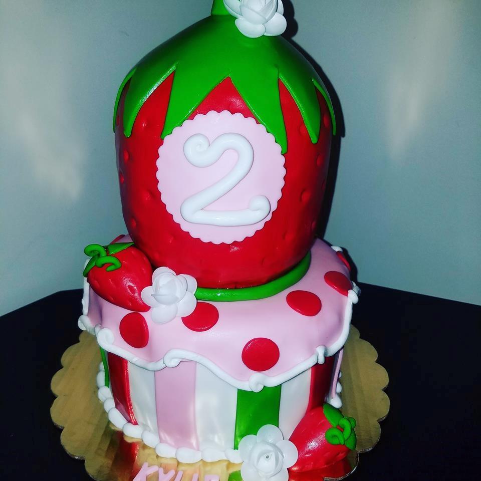 Strawberry Top Cake