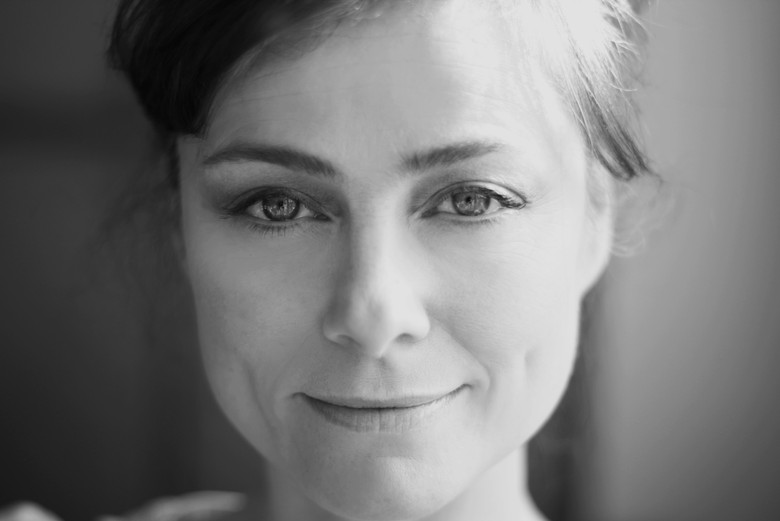 Actors headshot, Beth Fitzgerald Hudson, black and white
