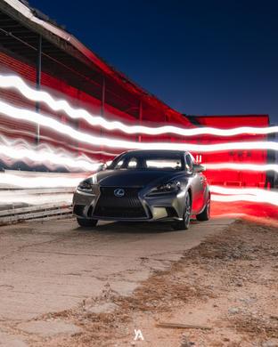 Lexus -1.jpg