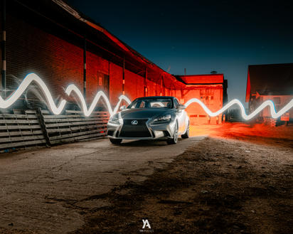 Lexus -3.jpg