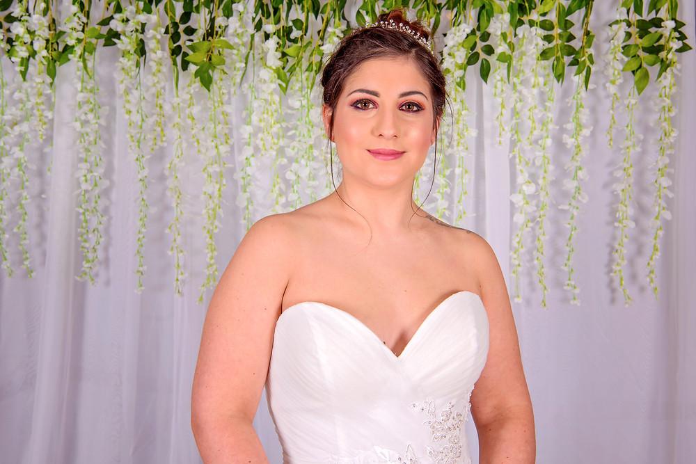 sweetheart neckline chiffon wedding dress