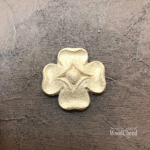 Cross 3.3 x 3.3 cm     WUB1669