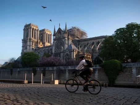 Un soutien total mais vigilant à la reconstruction de la cathédrale Notre-Dame de Paris