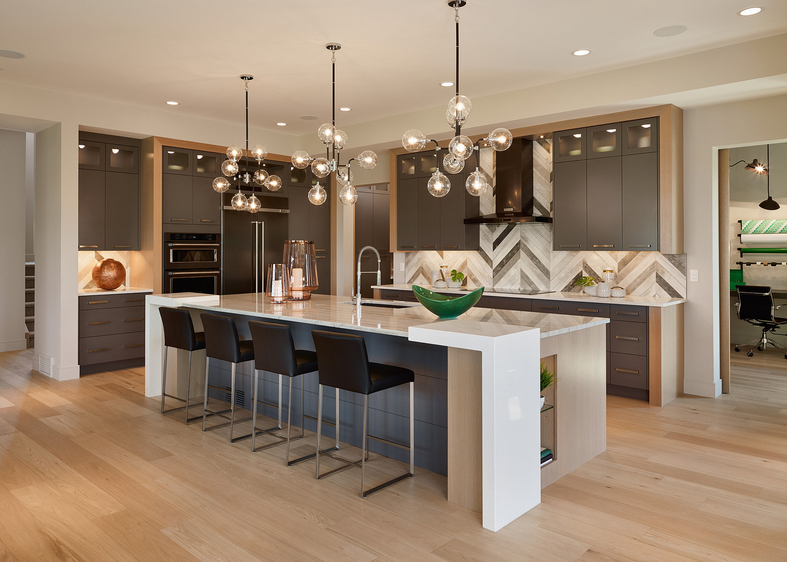 s w kitchen cabinets calgary custom cabinets closets and carpentry 25806