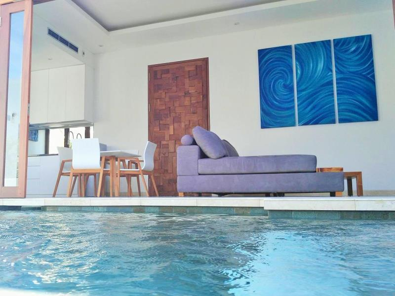 Pool to Lounge Room