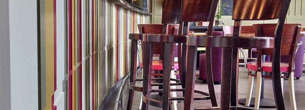 Au bar du restaurant