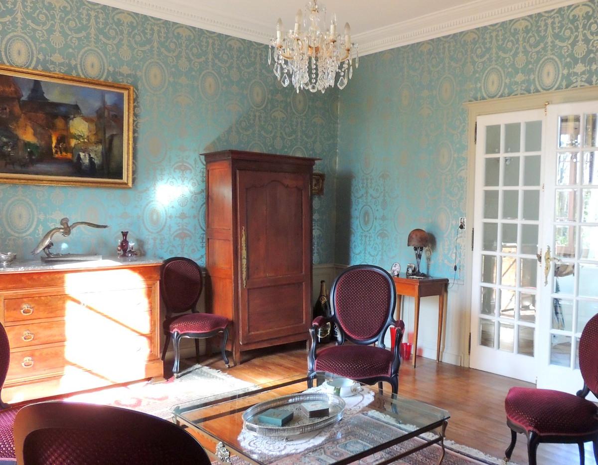 Salon moderno-classique