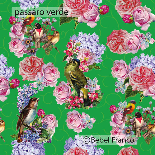Tecido com estampa para decoração pássaro verde