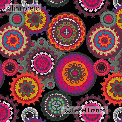 Tecido com estampa para decoração - kilim preto