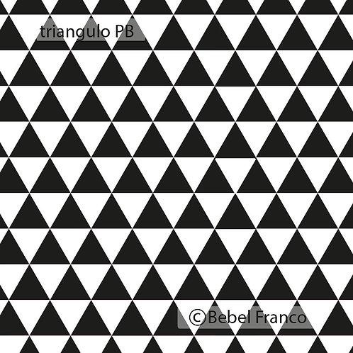 Tecido com estampa triangulo PB