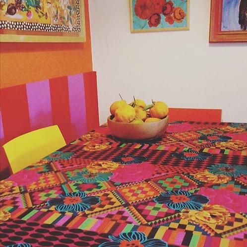 toalha de mesa losangulos floridos