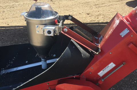 CT 6 gallon 12v dry applicator mounted on a Morris 9650 Air Cart with Conveyor.