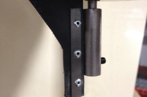 Proper positioning of screen, 5-hole restrictor plate & swiper on dry applicators.