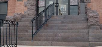 04-stairs.jpg