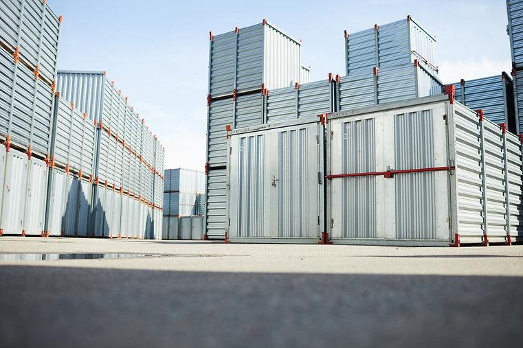 storage-containers-D2HXLFV.jpg