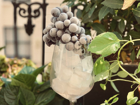 7 Ways To Quickly Chill Wine & Keep It Ice Cold