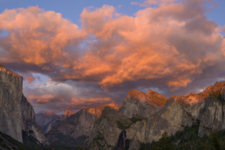 Tunnel View at sunset, Yosemite NP, California