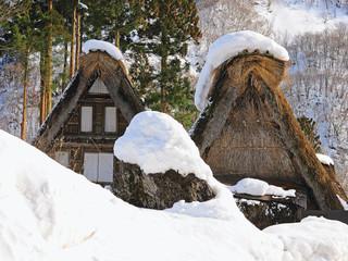 Gasshô-zukuri houses, Ainokura