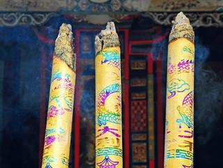 Incense sticks, Giant Buddha Temple, Leshan