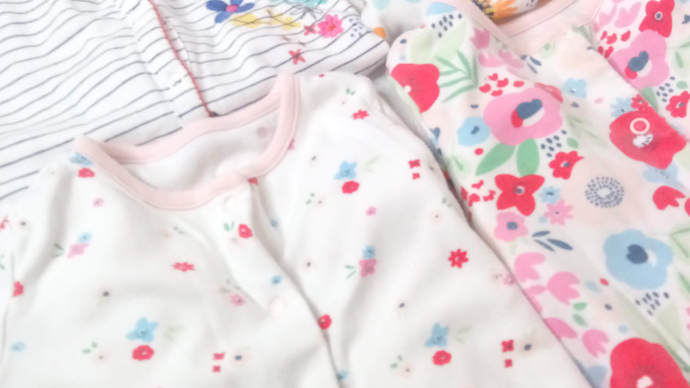 4 Baby Girl Baby grow (multi pack - mixed size)