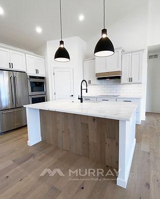 custom homes kitchen.jpg