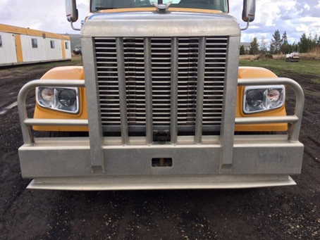 Now Buying and Selling Heavy-Duty Used Truck Parts