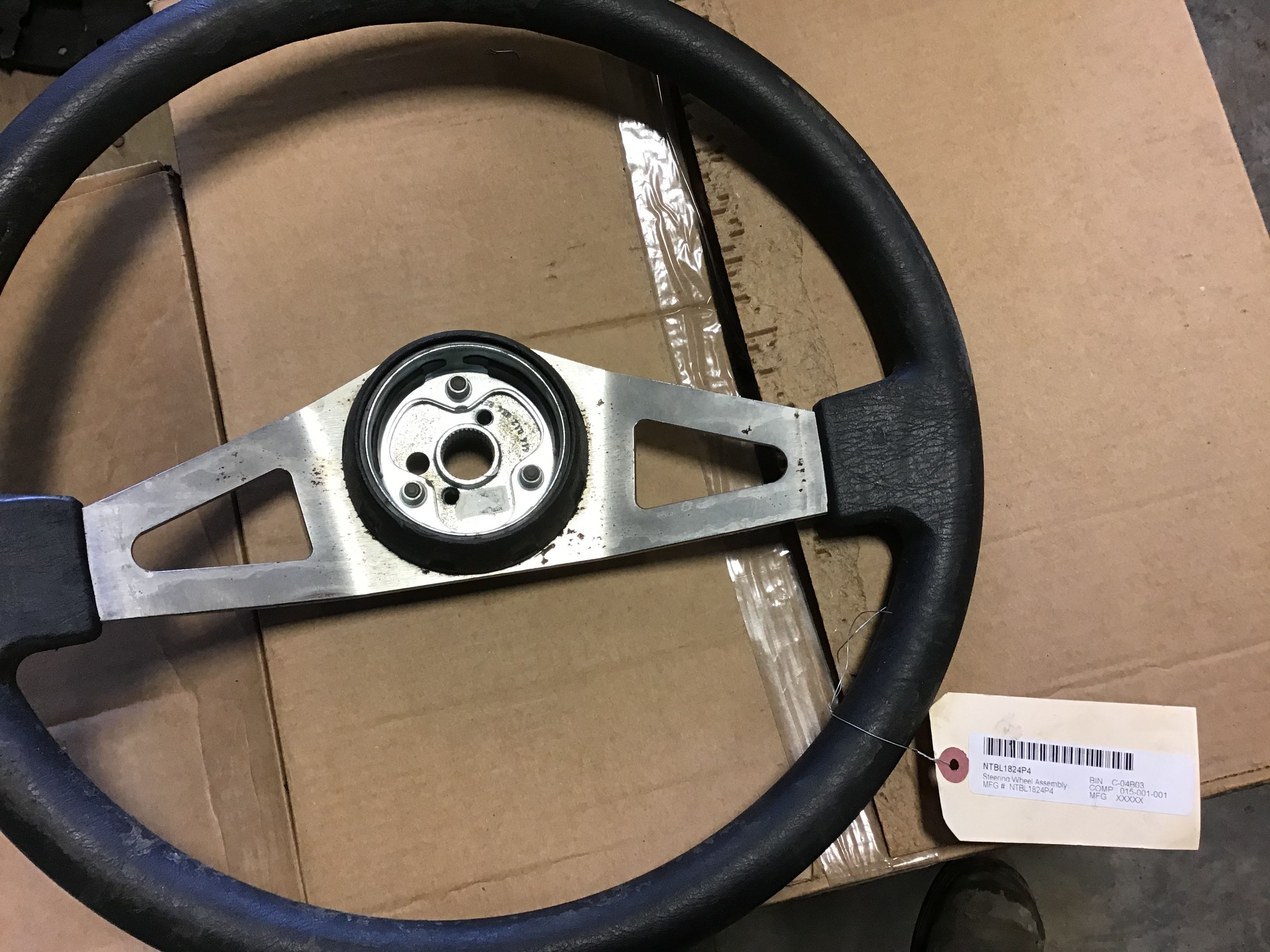 NTBL1824P4 Steering Wheel Assembly