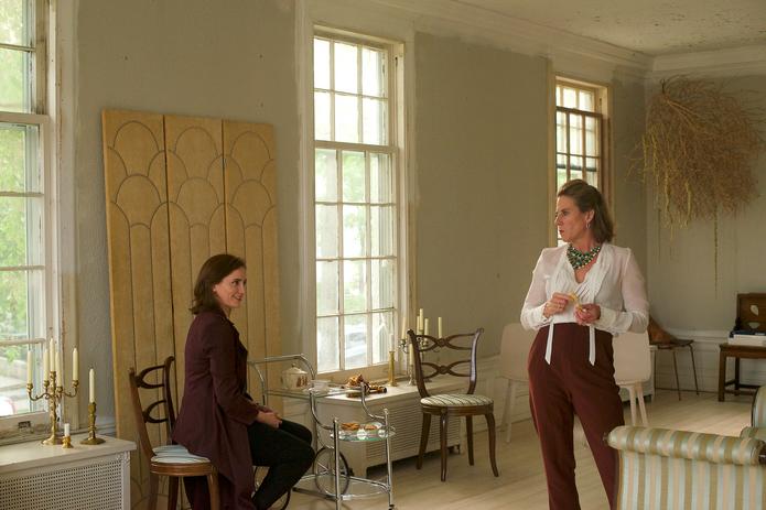 Christine Weber (Clare) and Michelle O'Neill (Anna)
