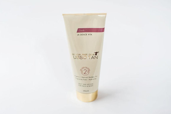 Lusso Self Tanning Lotion (Dark)