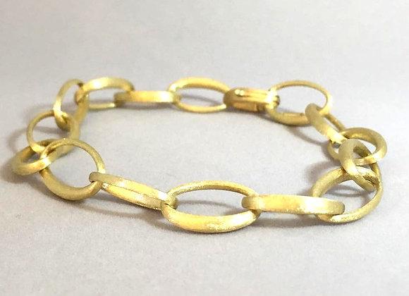 Gold Oval Links' Bracelet with Matte Finish