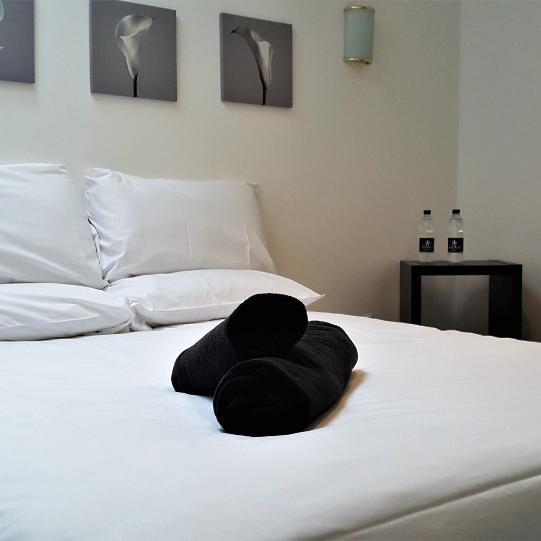 JovialMonk_Bedroom (4).jpg